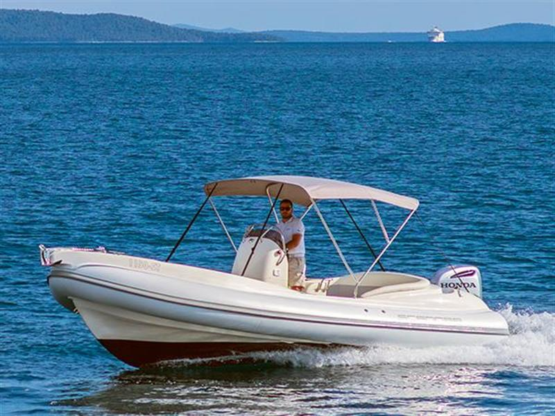 Rent a boat for the day or half of the day in Vrboska